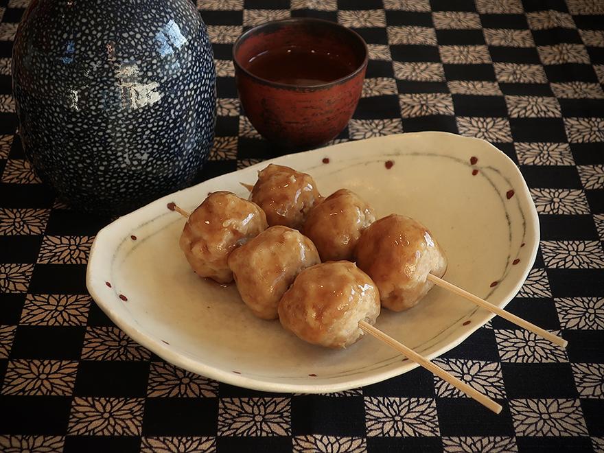 Tsukune Japanese yakitori meatballs