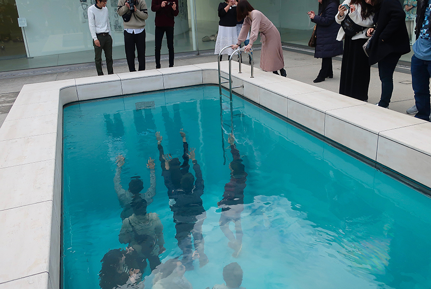 The Swimming Pool by Leandro Erlich at the 21st Century Museum of Contemporary Art in Kanazawa