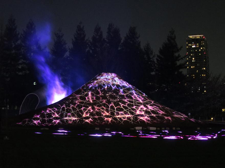Tokyo Midtown hanami illumination of Mt. Fuji