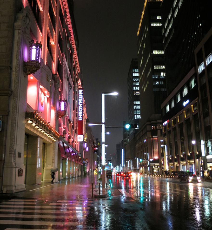 Mitsukoshi department store lit up in pink for cherry blossom season